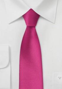 Schmale Krawatte magentarot
