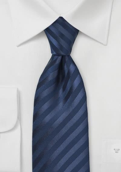 Kravatte Streifen navyblau Ton in Ton