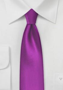 Einfarbige schmale  Krawatte leuchtend pink